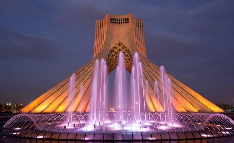 """Резултат с изображение за кулата """"Азади"""""""
