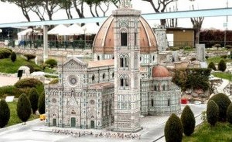 миниатюр Италия