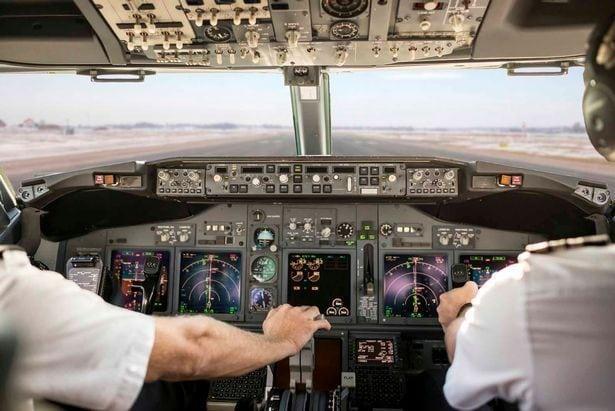 автопилот в самолет